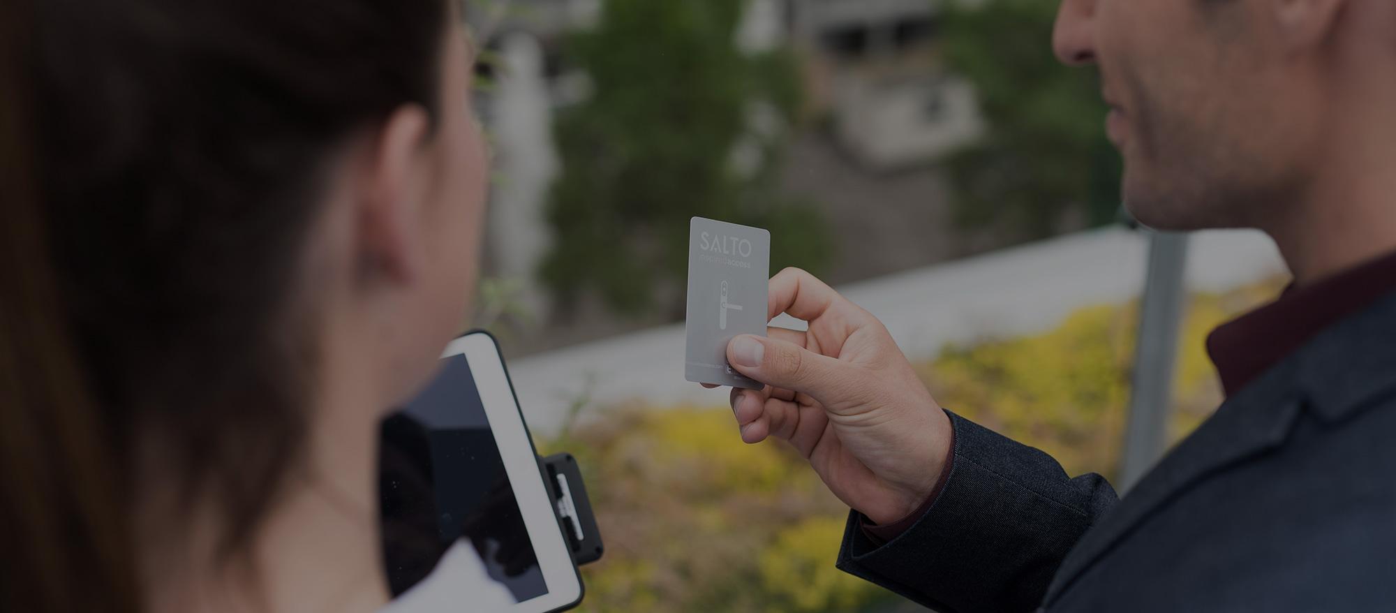 RFID-HOTEL-KEYCARD-ACCESS